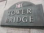 タワーブリッジ看板